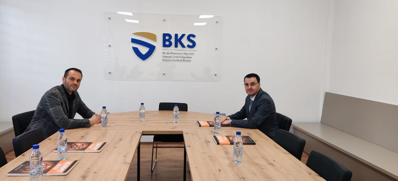 Mazreku takoi Konsullin e Kosovës në Kanada