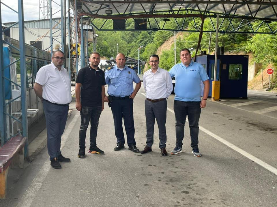 Drejtori i Byrosë Kosovare të Sigurimit (BKS) Sami Mazreku ka vizituar pikën kufitare në Bernjak